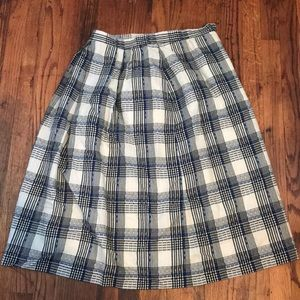 Long pleated silk-lined Skirt
